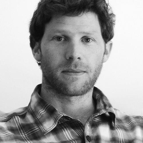 Hugh MacDermott, Argentina