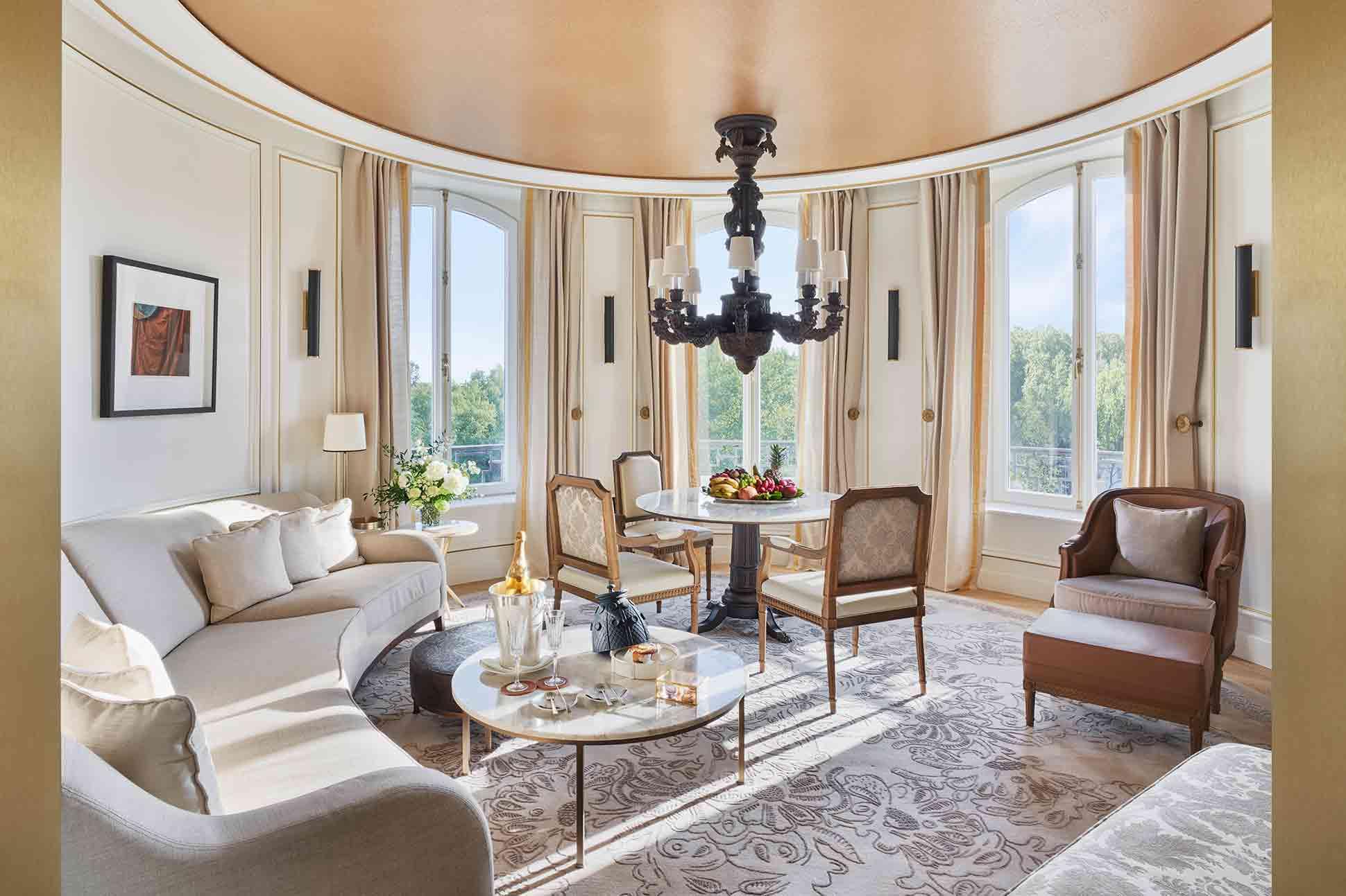 Mandarin Oriental Ritz Madrid suite