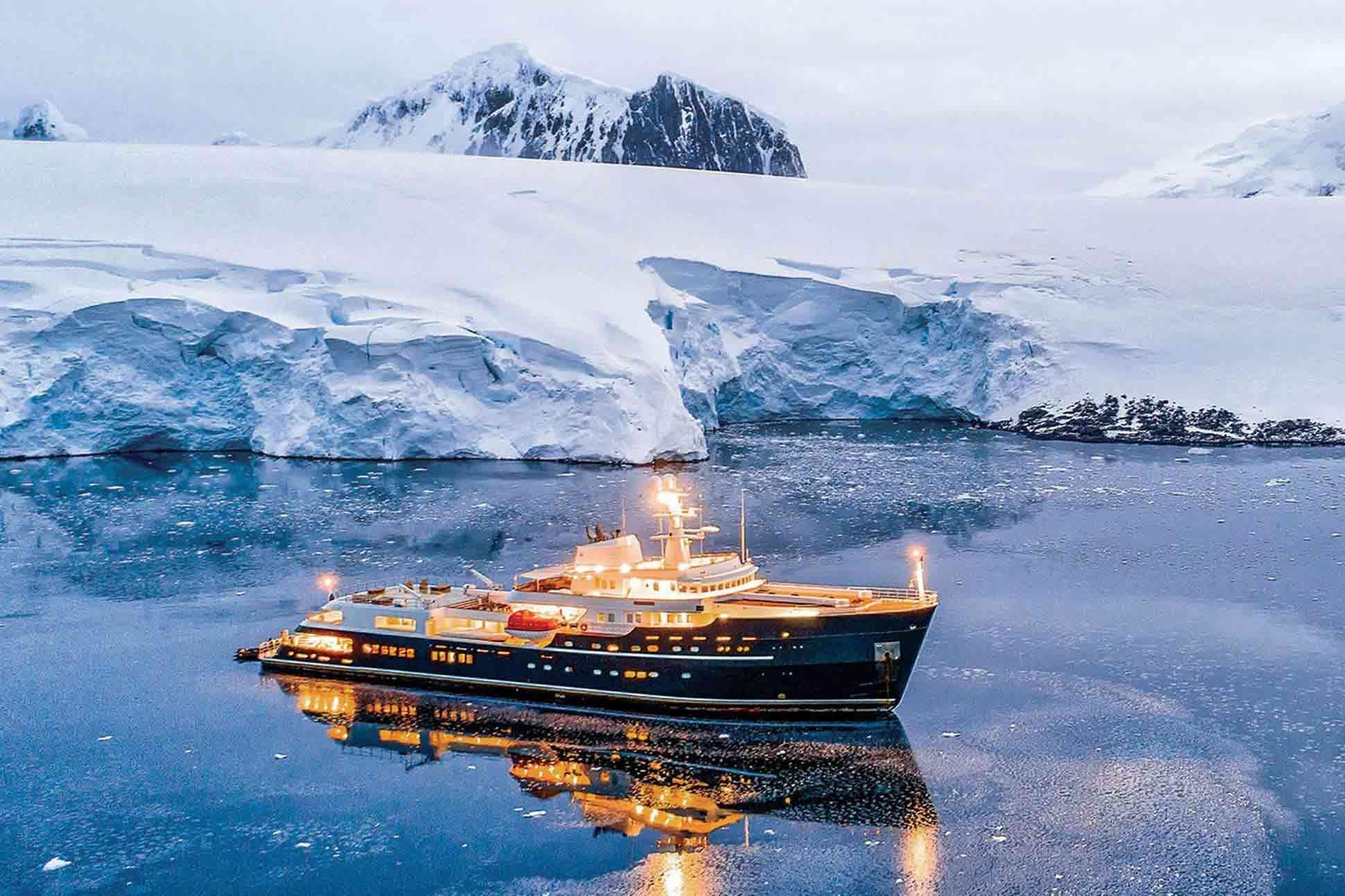 LEGEND yacht, Ahoy Club, Antarctica