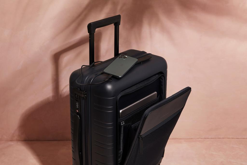 HORIZN STUDIOS M5 Cabin Luggage and Top Case