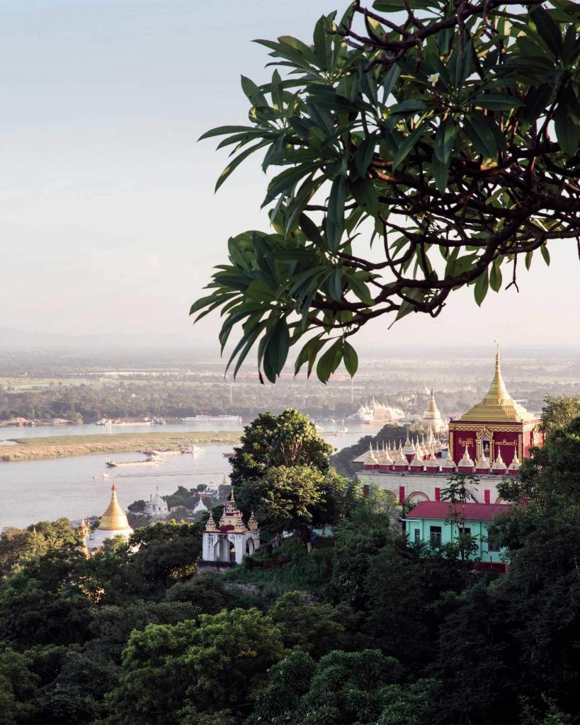 Belmond Road to Mandalay, Ayeyarwady River, Myanmar