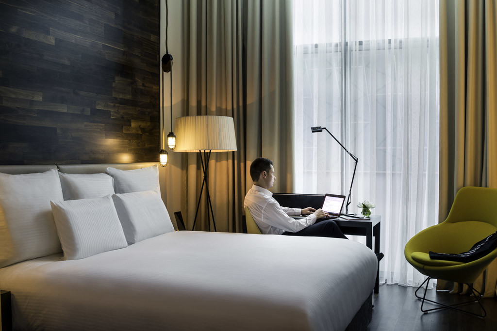 Accor 'Hotel Office':  <br>Work is suite