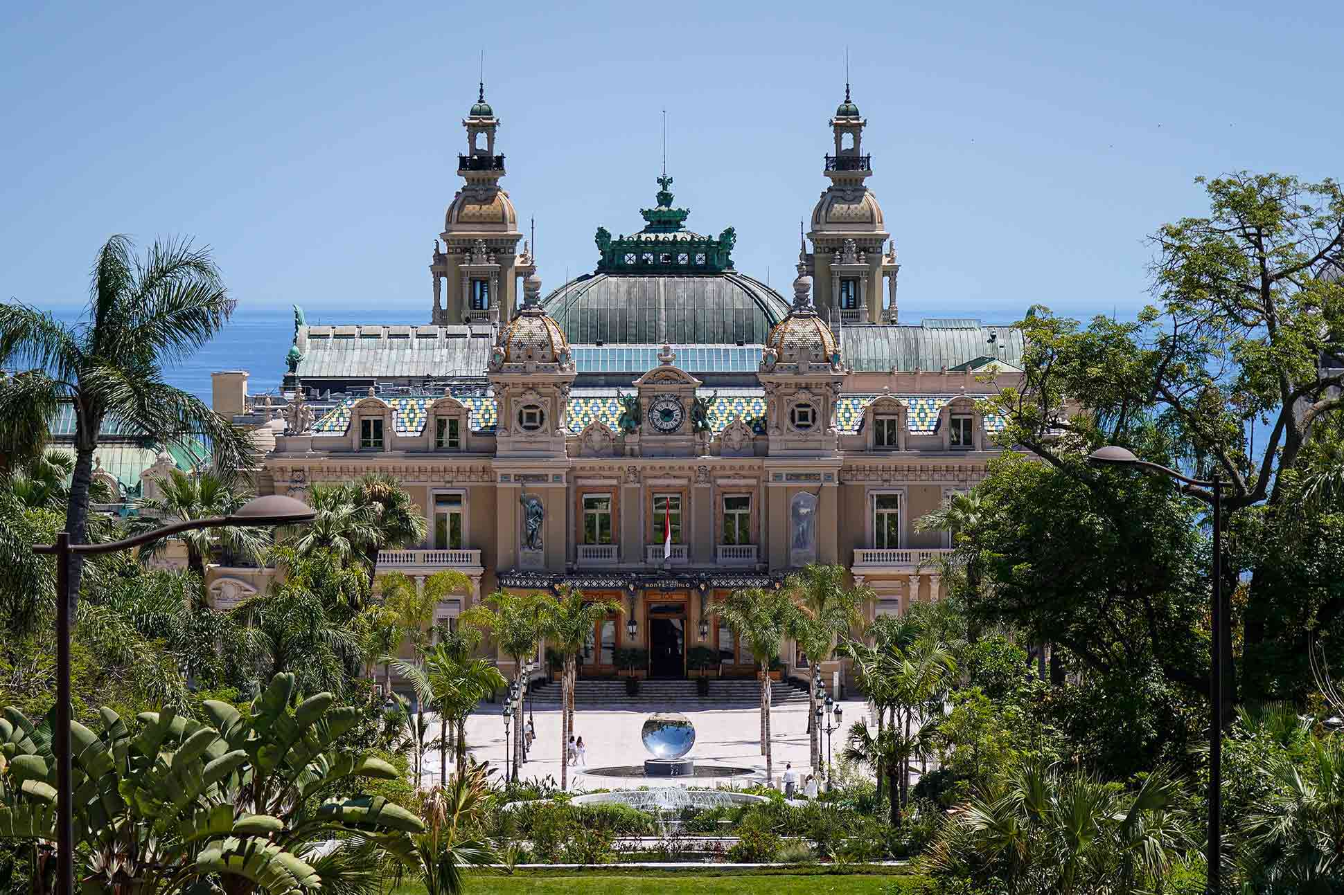 Visit Monaco virtually: <br> Riviera roaming