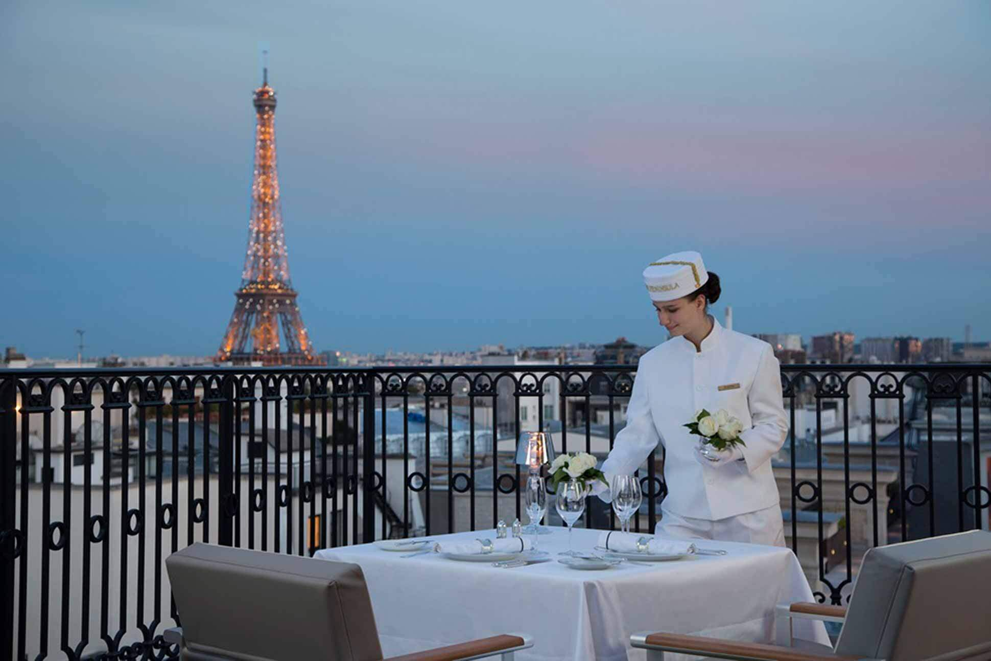 Eiffel Tower view at The Peninsula Paris