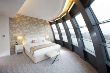 Dorsett Shepherds Bush, London roof suite