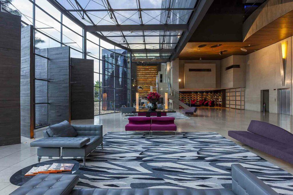 Hotel Unique Sao Paulo lobby