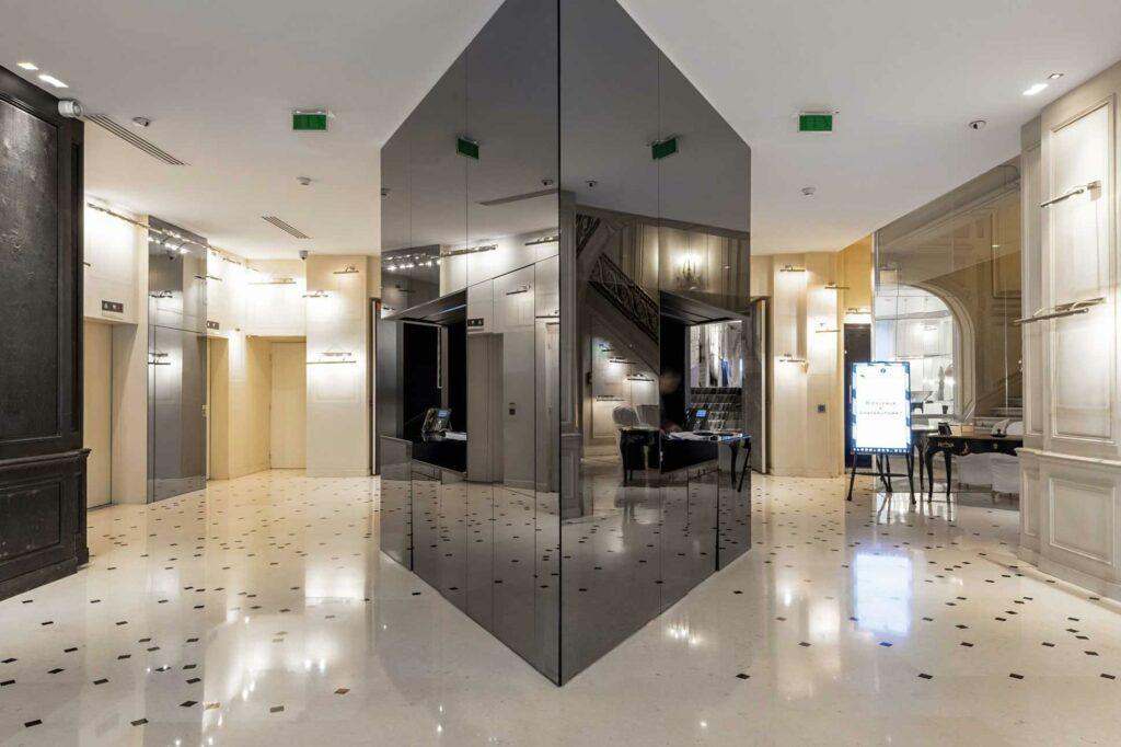 La Maison Champs Élysée modern touches
