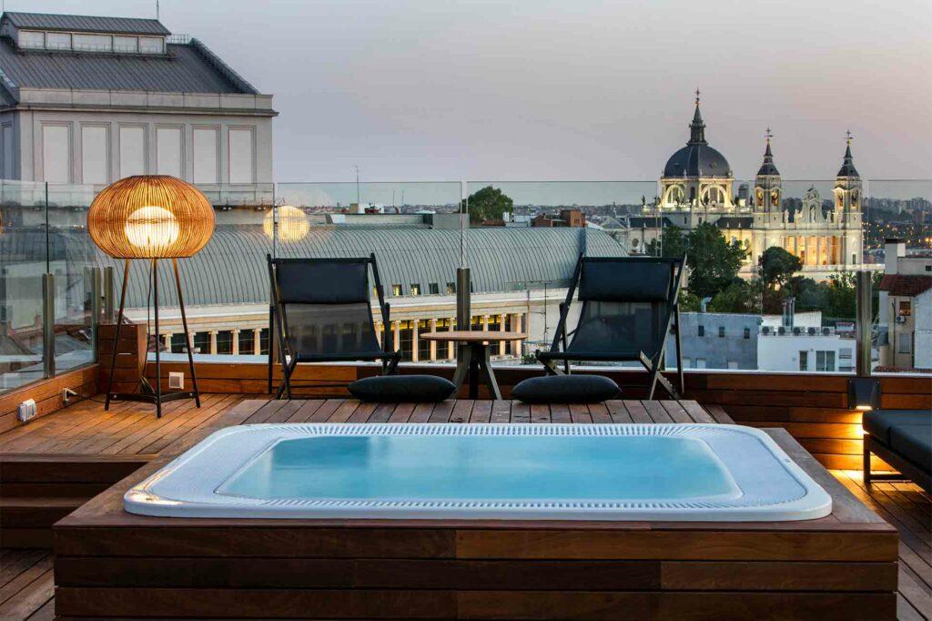 Rooftop jacuzzi with a view at Palacio de los Duques Gran Melia, Madrid, Spain