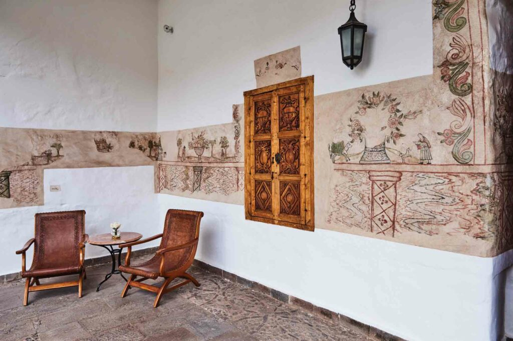Belmond Palacio Nazarenas decor