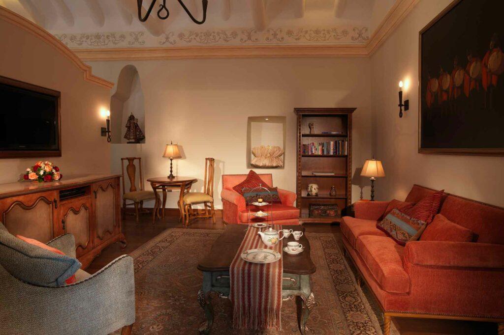 Belmond Palacio Nazarenas suite