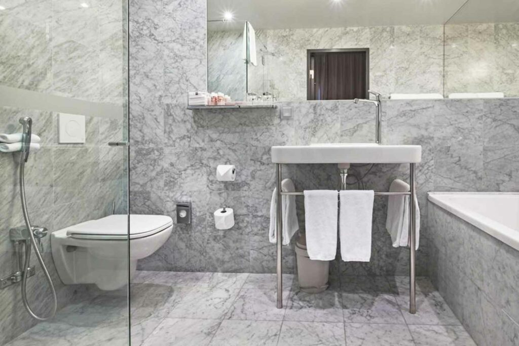 Nobis Stockholm bathroom
