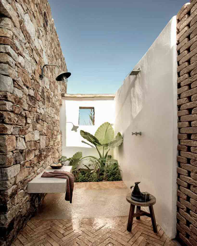 Outdoors shower at The Rooster, Antiparos, Greece