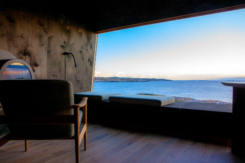 Sea view at Flokehyttene, Norway designer cabins