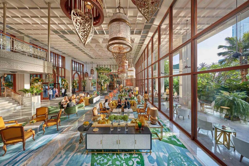 Mandarin Oriental Bangkok Oriental Hotel modern lobby