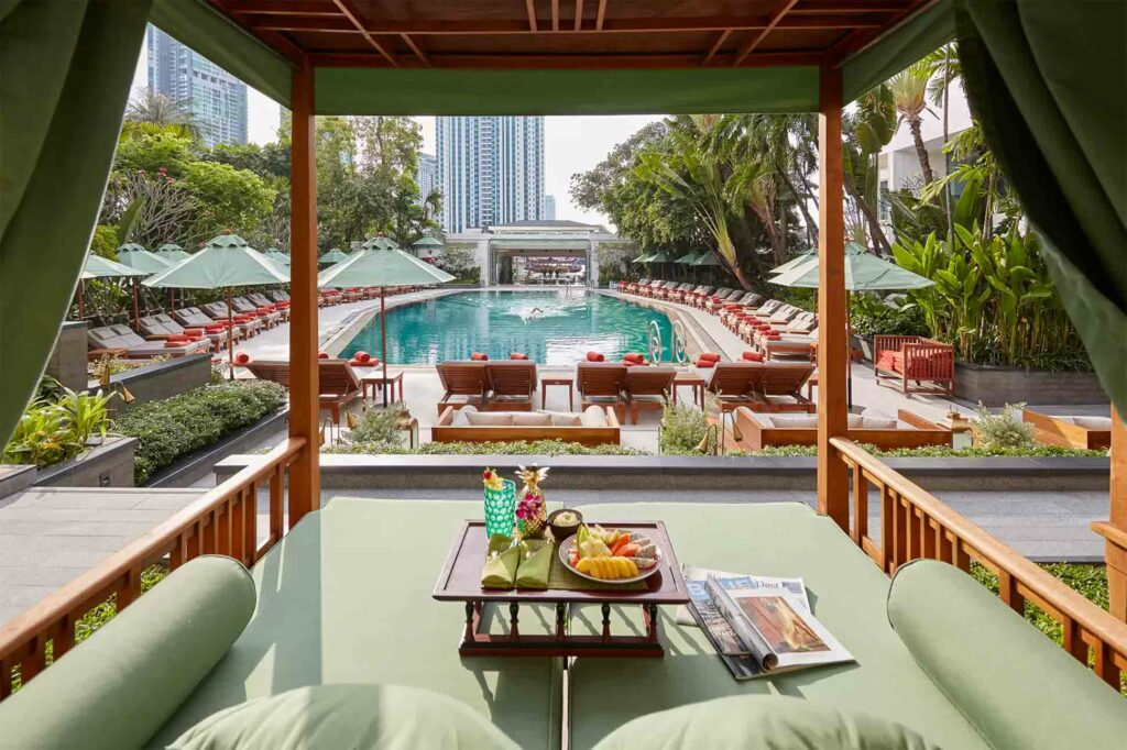 Mandarin Oriental Bangkok Oriental Hotel pool
