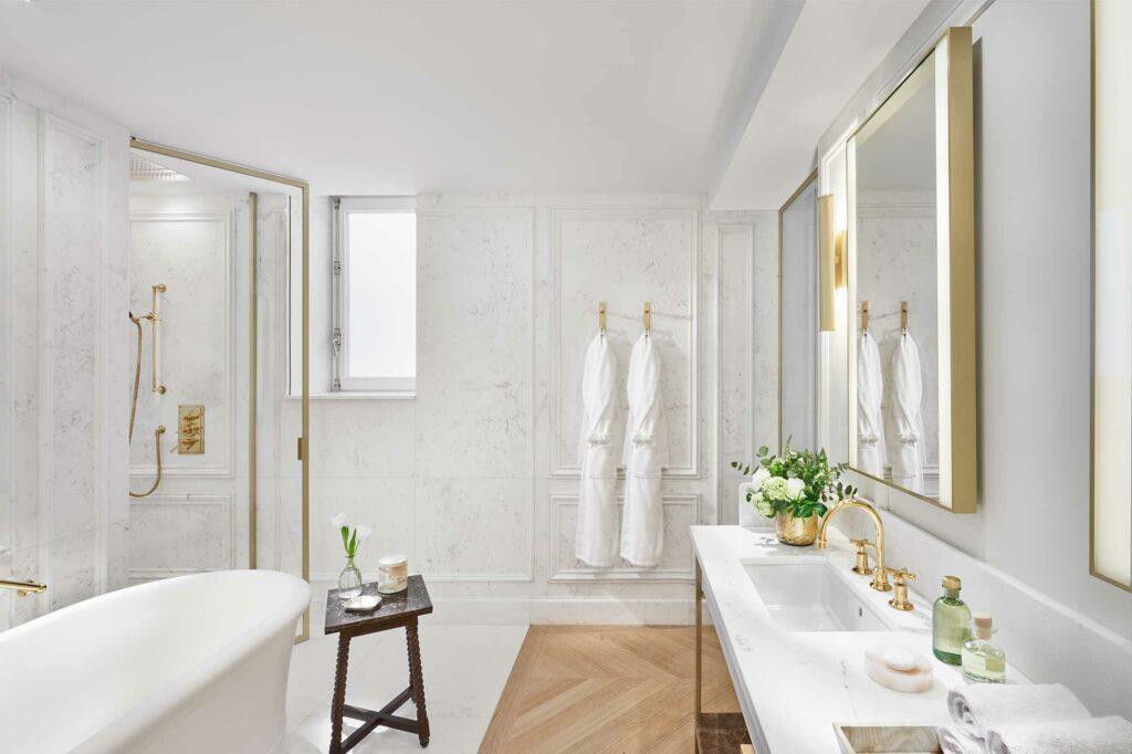 Mandarin Oriental Ritz Madrid bathroom