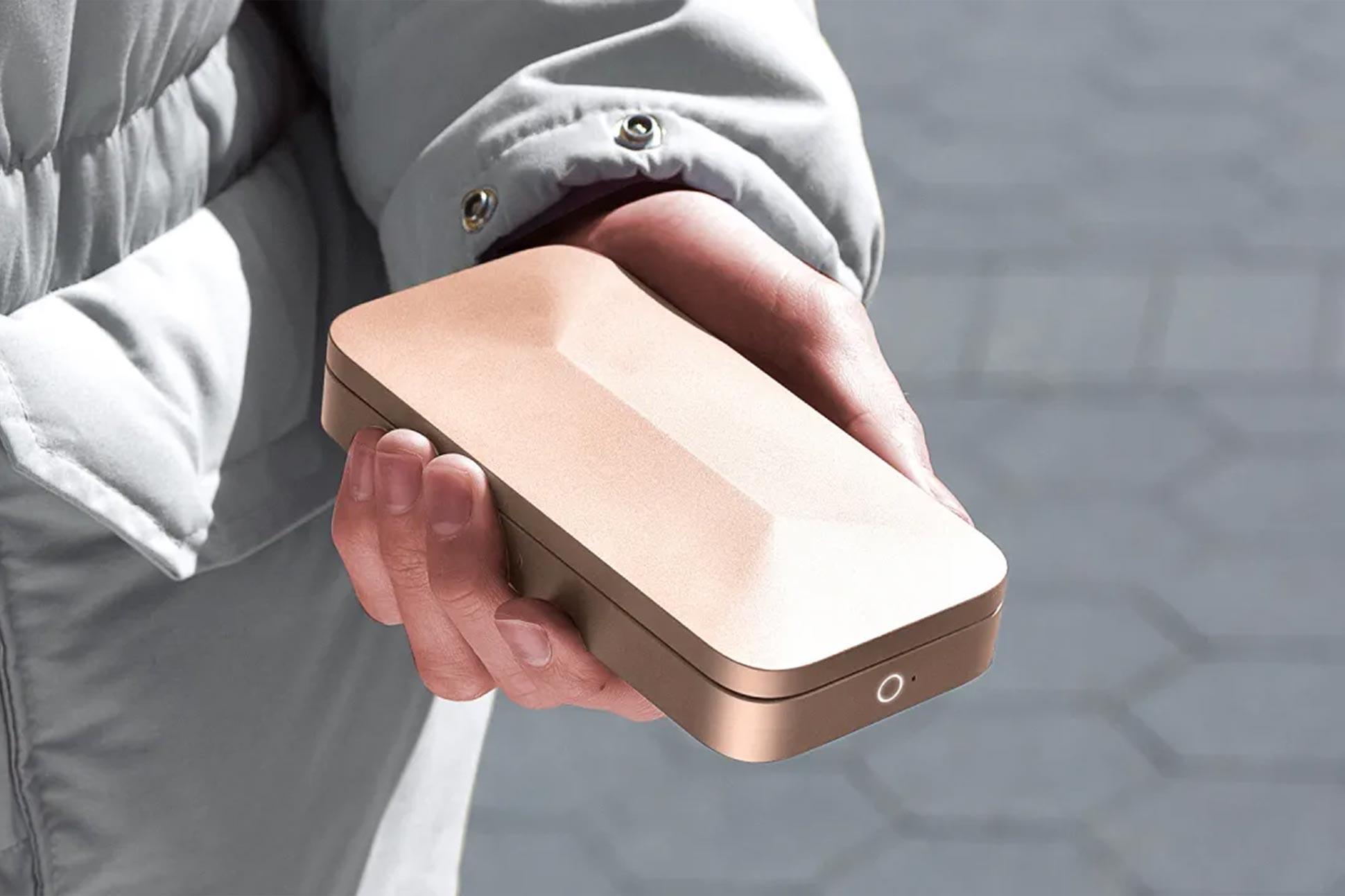 TROVA portable safe